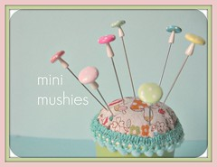 mini mushroom pin toppers (Pinks & Needles (used to be Gigi & Big Red)) Tags: etsy gigiminor pinksandneedles pintoppers pintopper