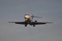 [17:21] KF0555 HEL-LHR. (A380spotter) Tags: approach landing arrival finals shortfinals boeing 717 200 ohblh flowinglivery suvenlähde summerspring sereo echnz blue1 blueone sasgroupcompany blf kf kf0555 hellhr runway27r 27r london heathrow egll lhr