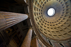 Pantheon - Rome (riclane) Tags: italy rome architecture perspective pantheon ceiling