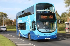 Transdev Yorkshire Coastliner 402, BD11CEF. (EYBusman) Tags: road new bus eclipse volvo coach yorkshire north scarborough wright brand gemini malton scalby coastliner blazefield transdev b9tl eybusman bd11cef