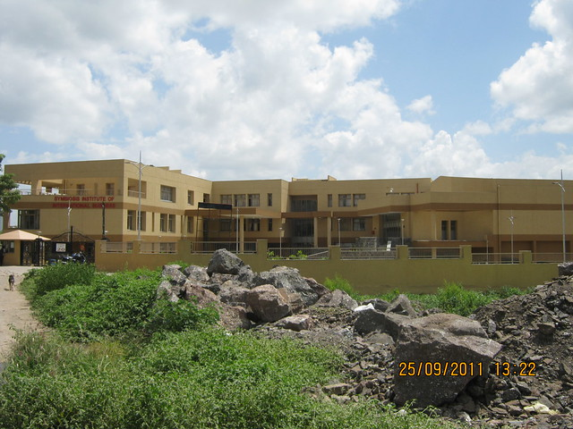 Symbiosis Institute of International Business, Hinjewadi Phase 1, Pune, next to Paranjape Schemes' Blue Ridge