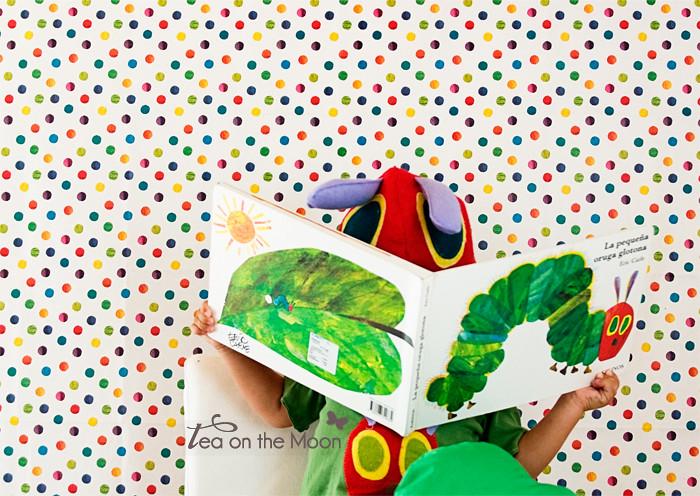 leyendo libro
