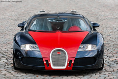 Covered (Keno Zache) Tags: red hp power fast automotive ps classics schloss bugatti luxury rare herms par exotics 1001 veyron sportcar sportwagen bensberg fbg