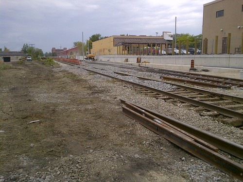 Main Line -> Siding 1 and Siding 2