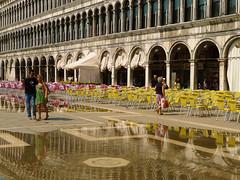 Venedig, Italien, Italy (sylvia-mnchen) Tags: italien venice italy canal wasser italia boote kanal venezia venedig gondel canalgrande wenecja besichtigung wlochy norditalien historischestadt venetien stadttour lagunenstadt