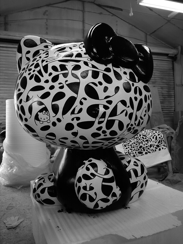 Hormon Font collaboration with Hello Kitty