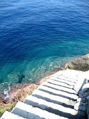 Stairway to paradise (NIKonography) Tags: blue sea italy sun white green paradise mare liguria stairway punta camogli portofino chiappa