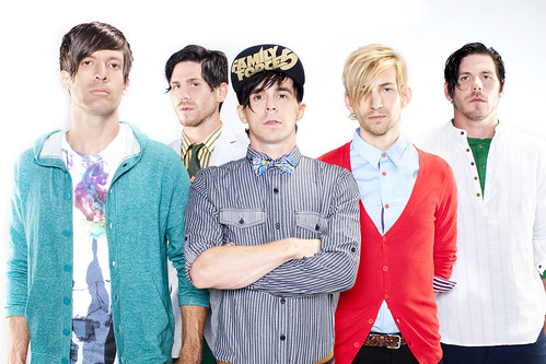 Family Force 5 Photo 4 (2011)