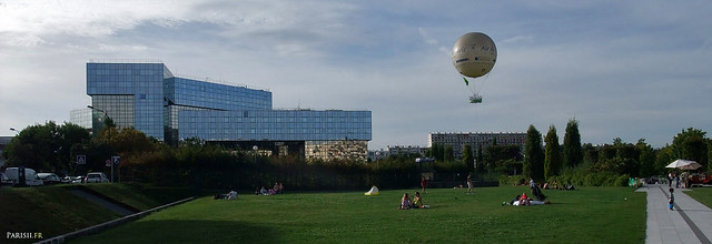 Le grand Parc, avec le ballon d'Air de Paris