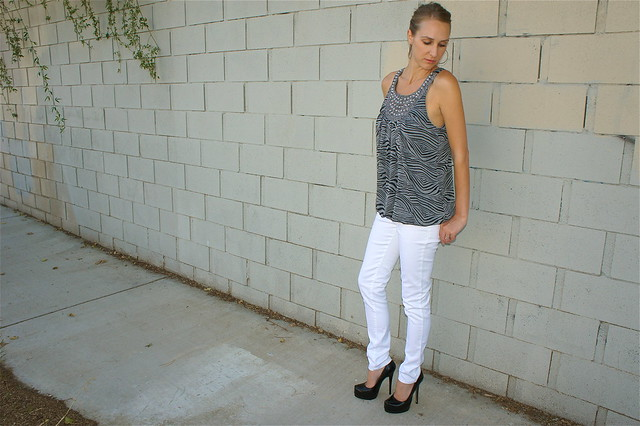 Gray zebra stripe top