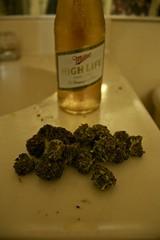 (pialé) Tags: purple marijuana mota highlife ganja medicalmarijuana purpleweed grapeape purps
