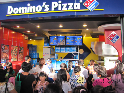 """Domino's Pizza in the South"" ""Ruel Umali Photography"" www.ruelumali.com"