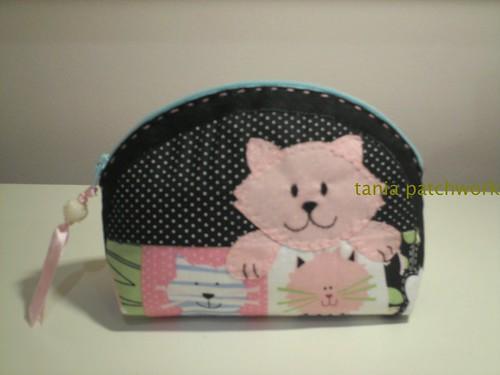 Mini Necessaire Gatinha Rosa by tania patchwork