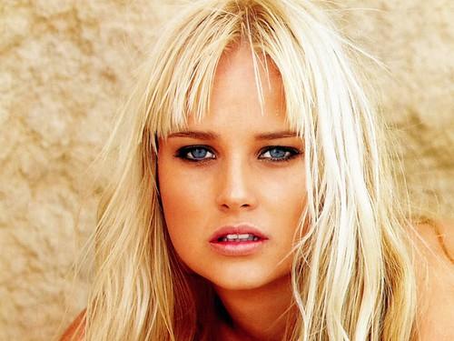 Genevieve-Morton-joven-modelo-surafricana