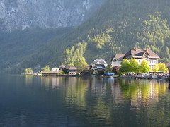 Hallstatt - Austria (Been Around) Tags: sun sunlight lake nature austria see sterreich europa europe niceshot travellers natur eu september unesco unescoworldheritage obersterreich autriche austrian aut o salzkammergut  hallstatt upperaustria 2011 5photosaday a hallstttersee hauteautriche concordians thisphotorocks worldtrekker visipix expressyourselfaward flickrunitedaward bauimage leuropepittoresque mygearandme musictomyeyeslevel1 flickruntedaward