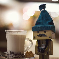 247 of 365 (Morphicx) Tags: cold bokeh canon5d 365 danbo canon50mmf14 hotchocolatemilk 365shotsin365days