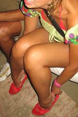 No flats shoes, but sexy heelpopping... (Balletflat's lover) Tags: ballet feet shoes candid bare flats heels heel piedi nudi ballerine heelpop heelpopping