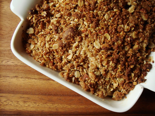 Pear Crisp With Oat Topping & Creme Fraiche