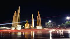 The Democracy Monument (Pichaya V. (Zolashine)) Tags: city statue night thailand democracy bangkok landmark lighttrail อนุสาวรีย์ประชาธิปไตย ratchadamneon thedemocracymonument pichayaviwatrujirapong