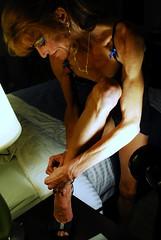 DSC_7104jj (Jonathan Mangold) Tags: sexy women muscle muscular veins biceps abs flexing veiny skinnywomen