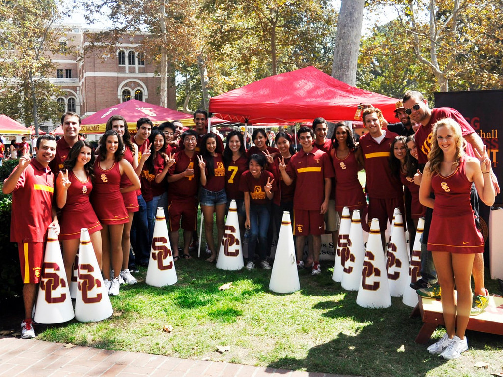 MBSG with the USC Spirit Leaders at the MBSG Tailgate!
