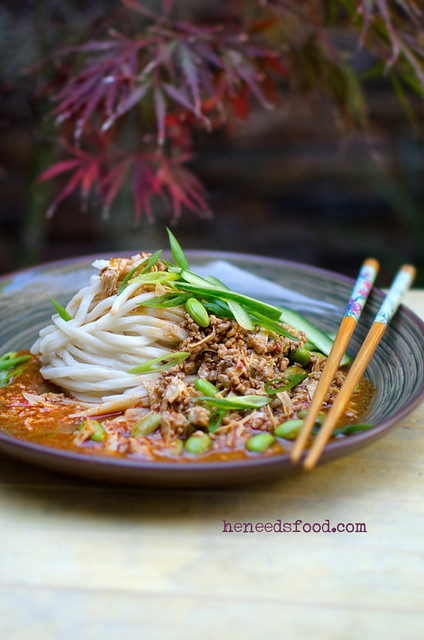 9 Heneedsfood-Zha Jiang Mein Minced Meat Chinese Noodles
