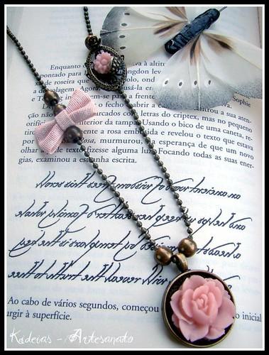 "Colar "" Soft Pink"" by kideias - Artesanato"