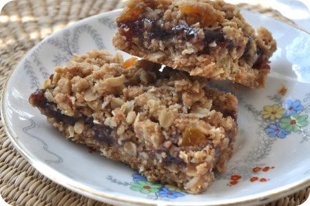 Nutrigrain-style soft and chewy granola bars