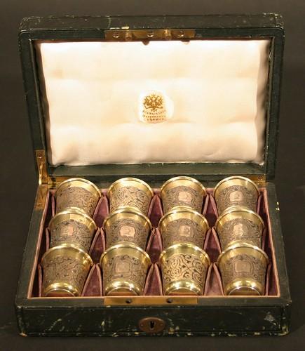A set of twelve 84 Zolotnick standard vodka tots