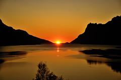 sunset in september   ( explore ) (John A.Hemmingsen) Tags: sunset sky sun seascape nature del norge nikon ngc fotos favoritas nordnorge troms colorphotoaward ersfjordbotn natureframeshot nikkor1685dx nikond7000 aboveandbeyondlevel1 ✿♦mis mundo♦
