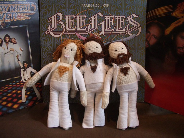 Knitted Bee Gees