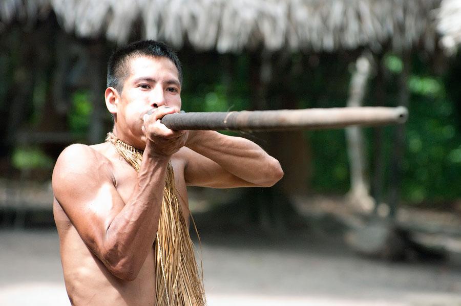 Индеец пелени Ягуа. Амазонка, Перу 2011 © Kartzon Dream - авторские путешествия, авторские туры в Перу, тревел видео, фототуры