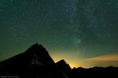 Hidden Lake Peaks at Night (mj.foto) Tags: night washington nikon unitedstates lookout backpacking hiddenlake lightpollution milkyway hiddenlakepeaks d700 markjosue