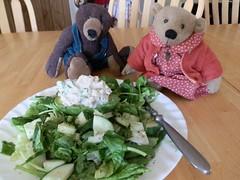 wait a minute now... (The Craggy Moor) Tags: bear friends food green wool salad jane handmade ooak delicious beasley hibernate jointed artistbears craggymoor craggycorner