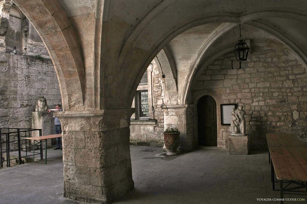 Architecture civile médiévale, comme on en voit très peu