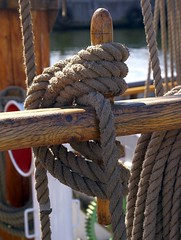 Rope (Jaedde & Sis) Tags: wood rope nautical schooner challengeyouwinner 15challengeswinner pregamewinner