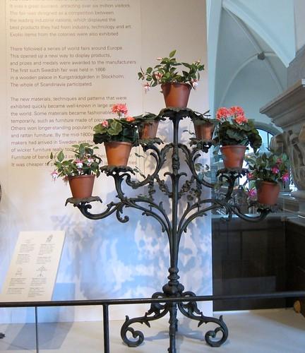 Viktorian ajan kukkia by Anna Amnell