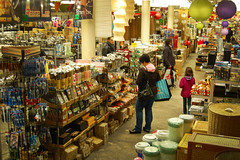 (Eric K.) Tags: newyork shopping asian store chinese emma michelle pearlrivermart chintown