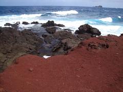 Red Sand Beach (Matt McGee) Tags: ocean beach water hawaii maui pacificocean hana redsandbeach