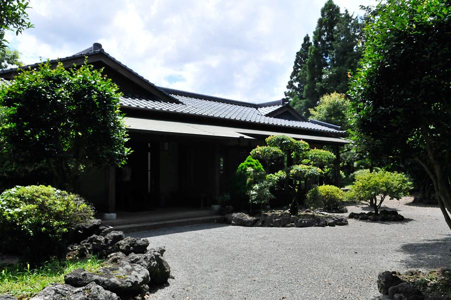 六花亭|熊本県阿蘇郡