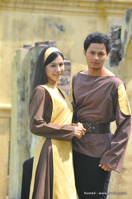 Memey Suhaiza (Dayang Ningsih) & Ryzal Jaafar (Dindra)