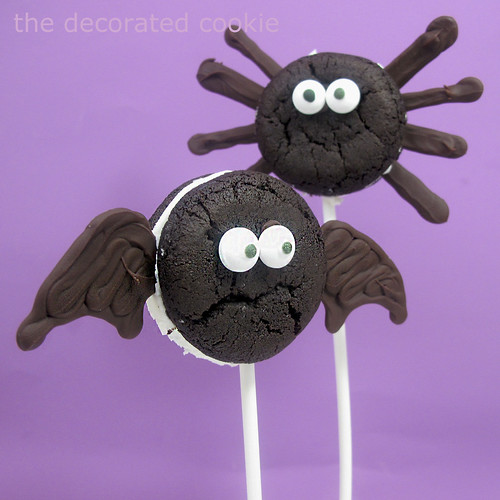 bat and spider Oreo Cakesters 3 by thedecoratedcookie