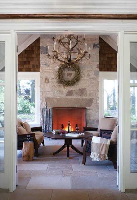 Country_House_Fireplace_OC10