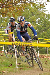 Perkins Turn (dlholt) Tags: autumn fall sports bike bicycle burlington cycling midwest dof bokeh competition iowa depthoffield ia bikerace bikeracing cyclocross perkinspark burlingtonia bikeiowa