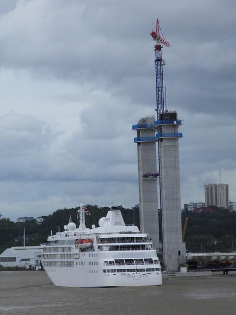 Silver Cloud Sailing Bordeaux at La Bastide - P9110515