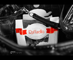 (3    d ) Tags: red white black canon eos bokeh chocolate  ohoud raffaelllo