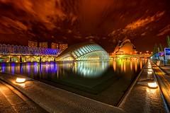 Ciudad de las artes y las ciencias (Jose Casielles) Tags: santiago luz valencia ojo agua calatrava nubes reflejos yecla ciudaddelasartesylasciencias hemisferi fotografíasjcasielles