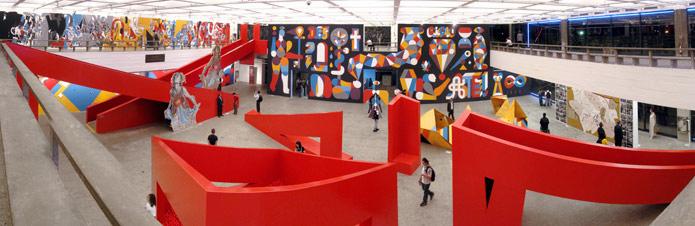 IDE DENTRO E DE FORA. Sao paulo. MASP Museum. BRASIL