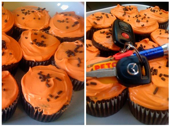 Orange/Black cupcakes