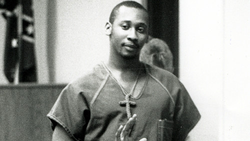 Troy Davis entering the courtroom during his trial in 1991 that resulted in him being convicted in the death of an off-duty police officer. Davis is scheduled to be executed tonight at 7:00pm in Jackson, Georgia. by Pan-African News Wire File Photos